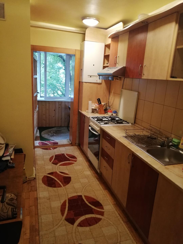 Vand apartament 3 camere,parter, Brasov