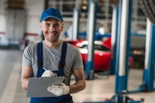 Mecanic auto - Germania: 2000 EUR net/lună, Cazare plătită de firmă